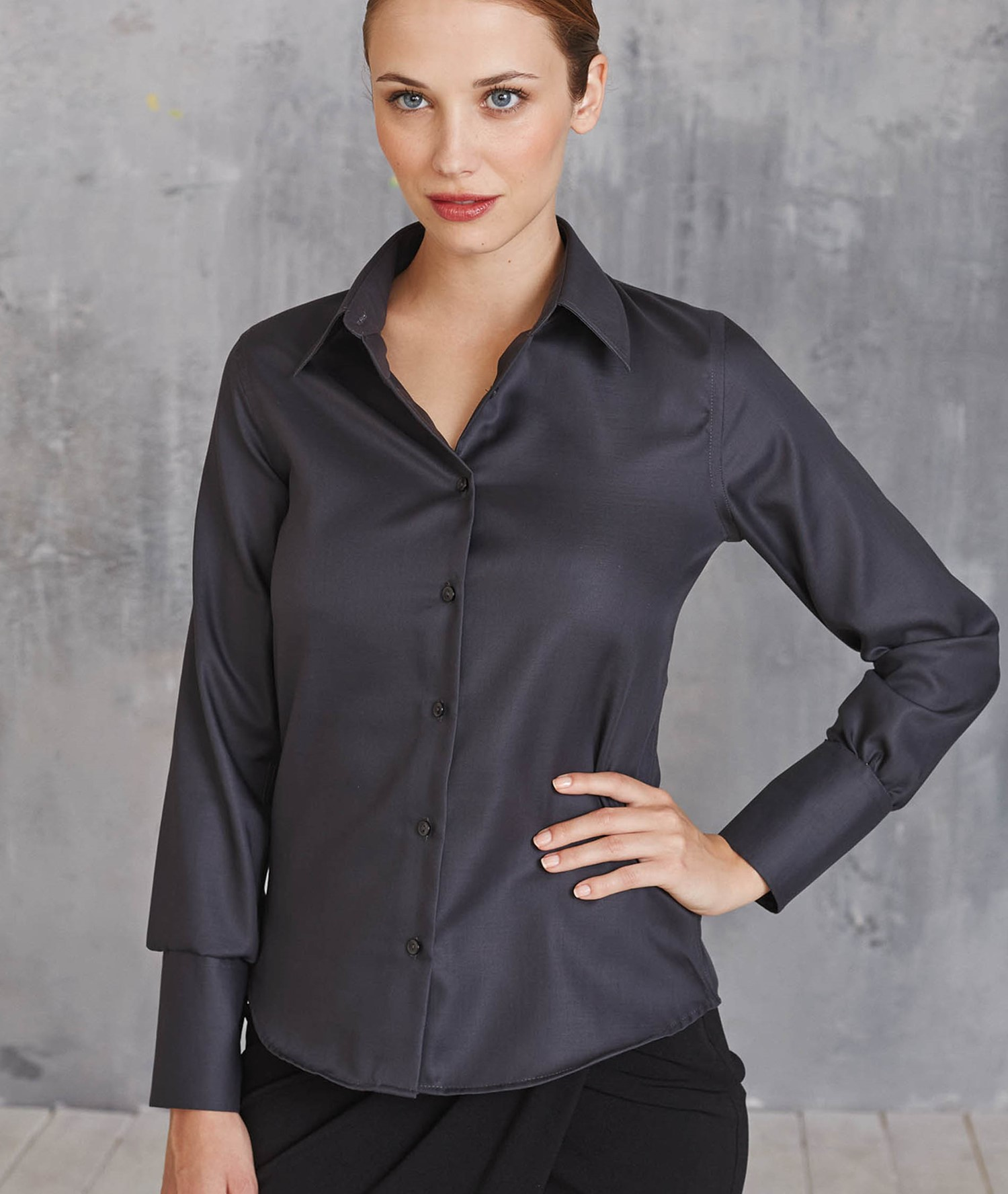 LADIES' LONG-SLEEVED NON-IRON SHIRT