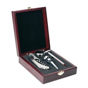 PREMIUM - Classic wine set in wooden box